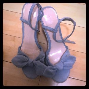 Forever 21 Light Blue Bow Wedges Size 7